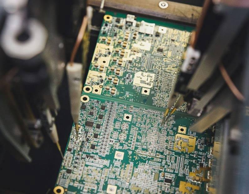 electra en production-electronic-boards 004